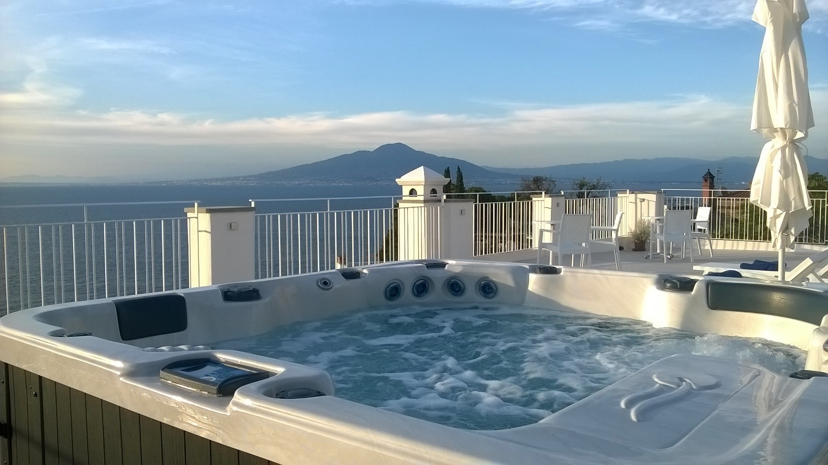 Panoramic boutique hotel sorrento boutique hotel helios for Best names for boutique hotels